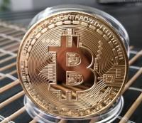"""Памятная монета """"Bitcoin"""" (Биткойн), цвет золото"""