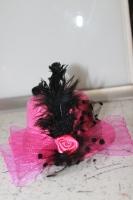 Карнавальная шляпка розовая на прищепках