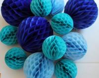 Бумажные шары соты голубой цвет 15 см