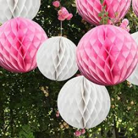 Бумажные шары соты белый цвет 15 см