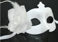 Карнавал маска белая с цветком