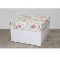 Подарочная коробка 150*150*100мм, с белым дном, цветы